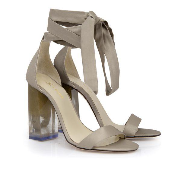 Custom&Chic aplica la mejor tecnología para hacer fácil el diseño de tu zapato