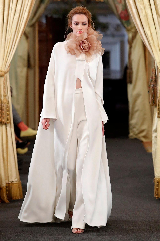 La colección de novias de Nihil Obstat 2018 presentada en la tercera edición de Atelier Couture