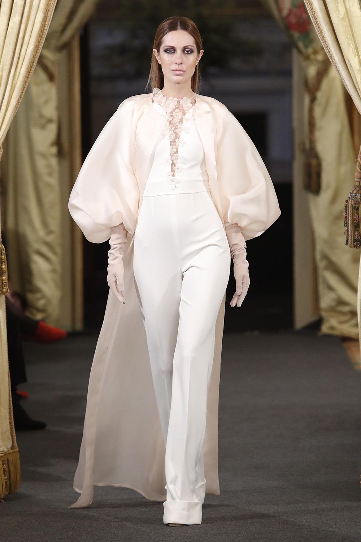 La esencia de Rafael Urquizar se plasma en su colección de costura y novias