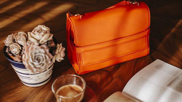 Reliquiae, bolsos y accesorios de lujo inspirados en la arquitectura y la naturaleza