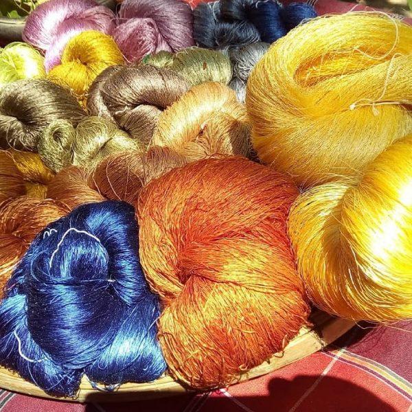 La seda tailandesa y la moda española se unen