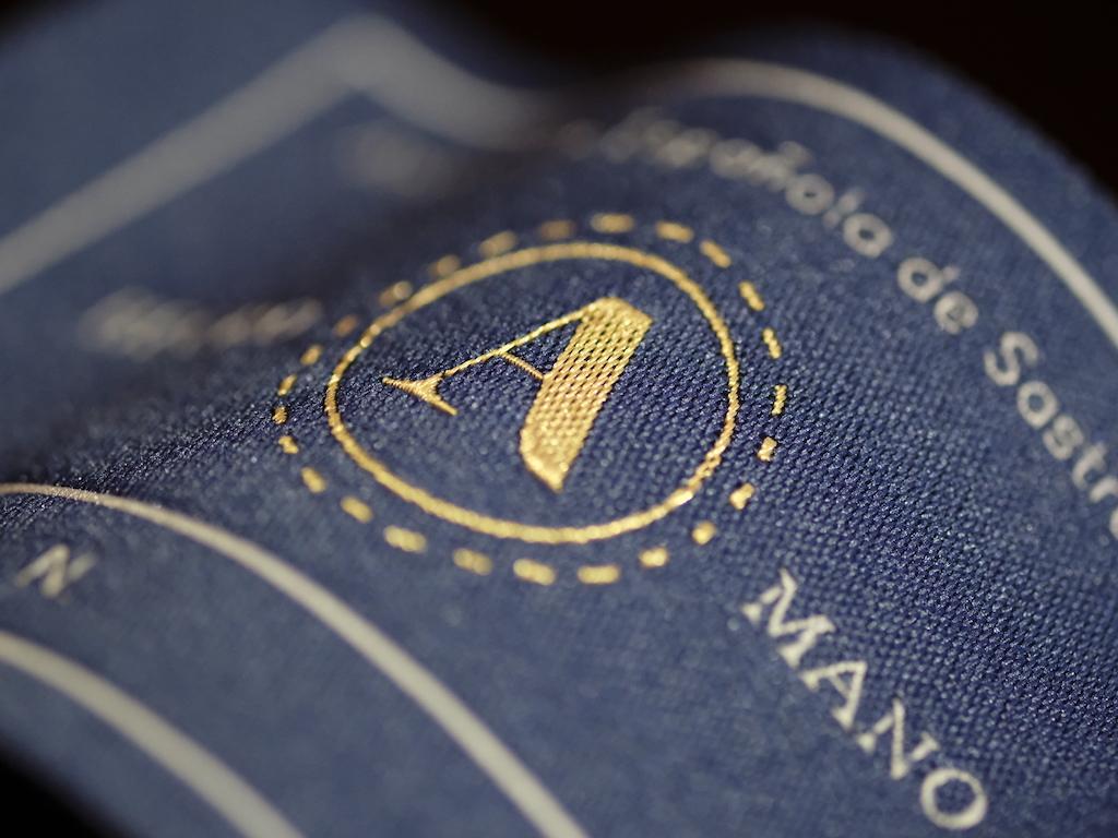 La Asociación Española de Sastrería crea un sello que garantiza artesanía, calidad y transparencia