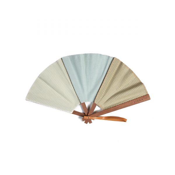 La marca que ha rediseñado el abanico: The Viana Fan