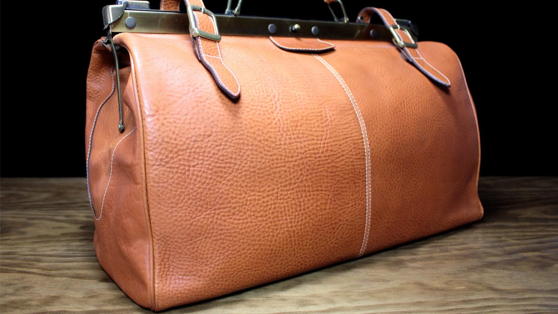 Real Leather Studio, artículos exclusivos de marroquinería