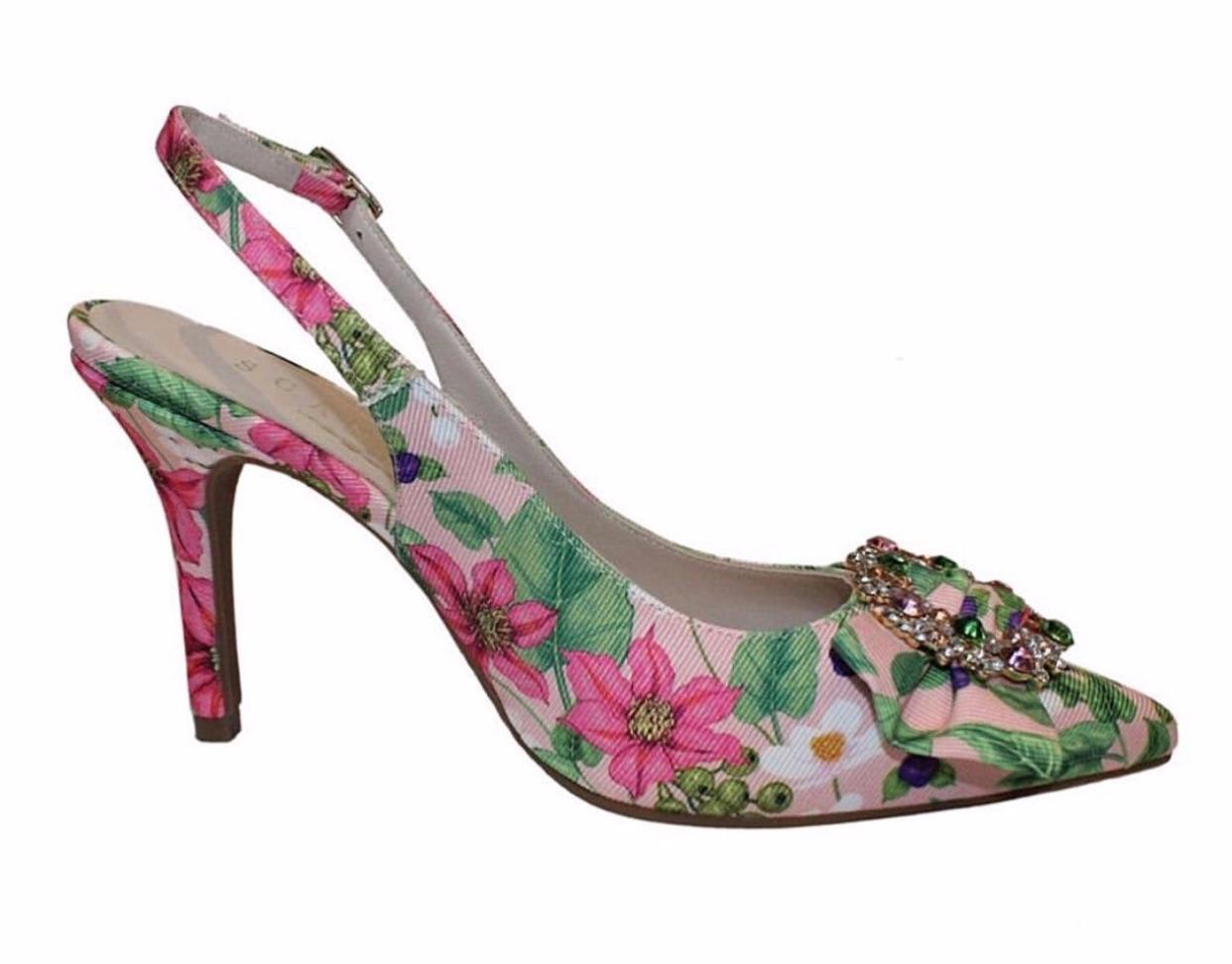 Unos zapatos de Scandal 54