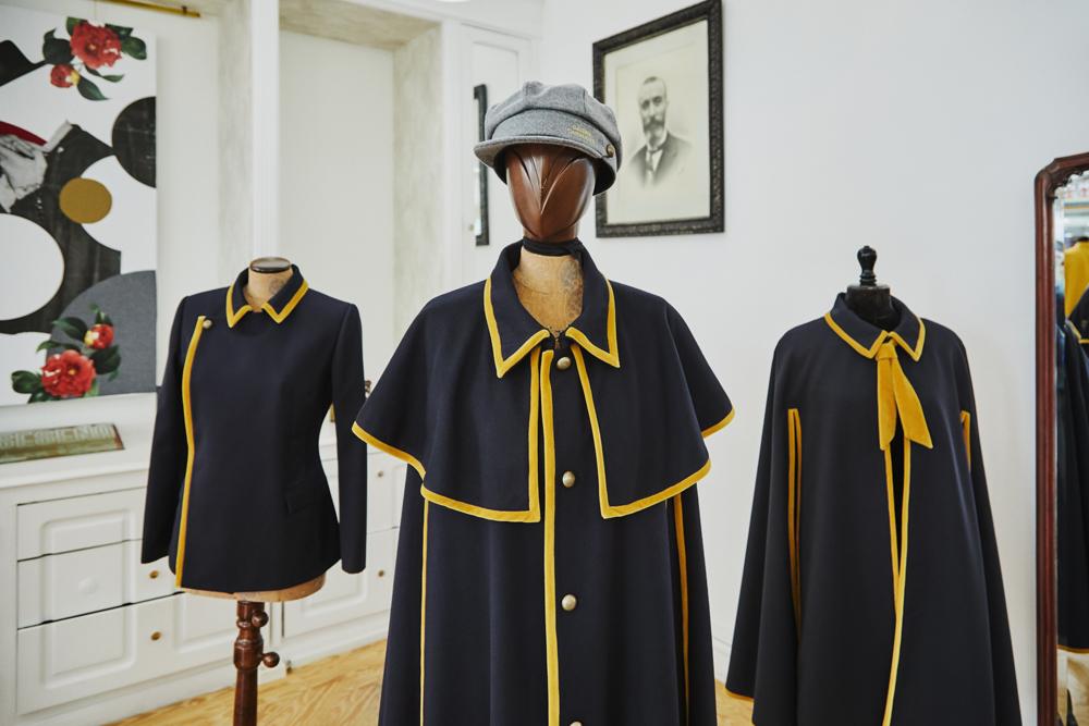 Los uniformes han sido creados por la emblemática casa Seseña