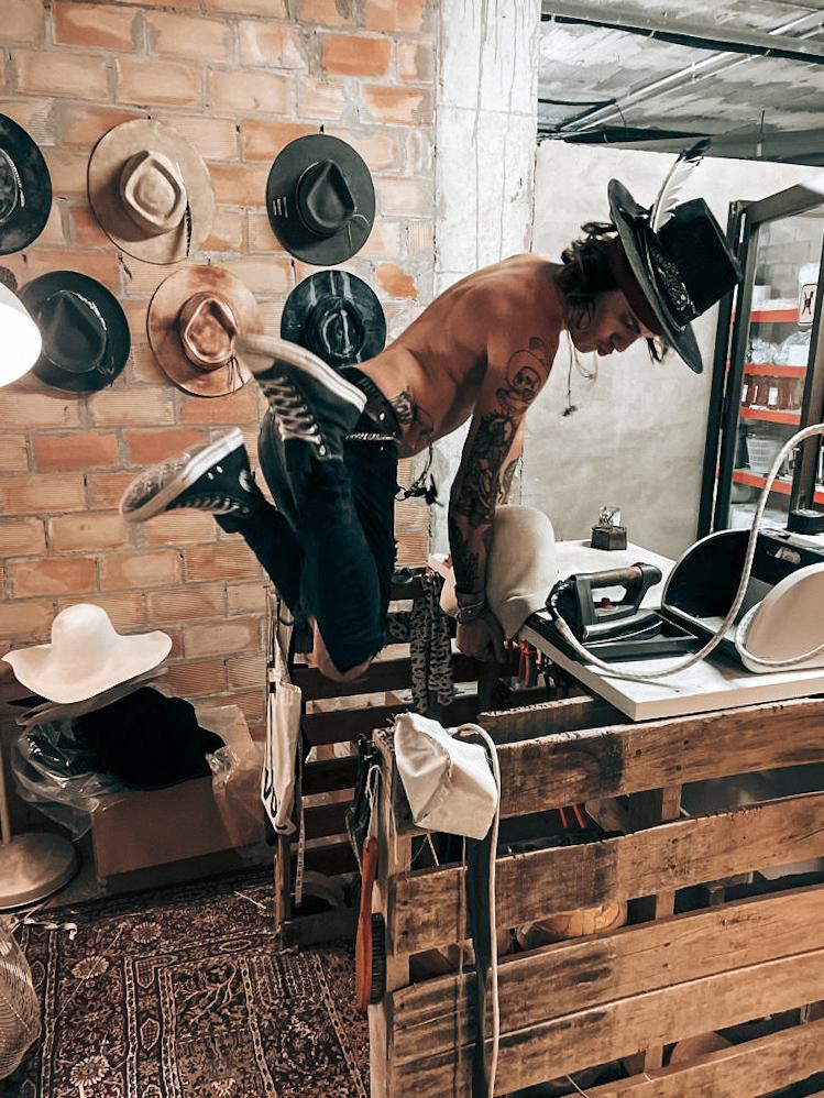 Why Hats, sombreros hechos a mano en España